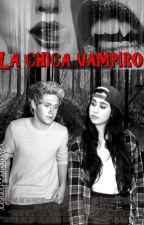 LA CHICA VAMPIRO by xAdiidirectionerx
