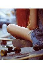 Si Ella,La Chica Skater. (Luke Hemmings y Tu) by Macaa15