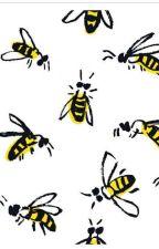 Honeybee by Viah27