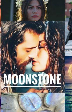 Moonstone by Pajarito1978