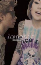Amnesia: Luke Hemmings Fanfic by ISTOLEHARRYSCAT