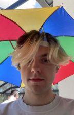Best Friends or Lovers(Sketch x Reader)  by Gabbykat05