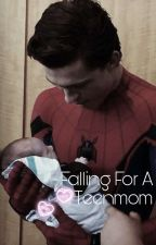 Falling For A Teenmom (Tom Holland X Reader)  by tomhollandswifie