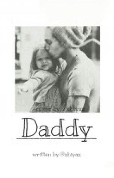 Daddy || Luke Hemmings (unvollständig)