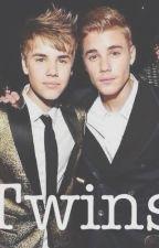 Twins (Justin Bieber y Tú) by RochiRamiirez