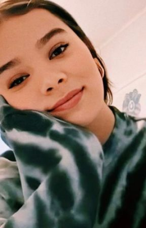 Just The Way You Are (Hailee Steinfeld Story)  by scmg11