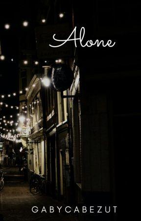 Alone by gabycabezut