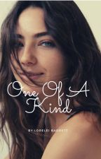 One Of A Kind (Klaus Mikaelson x OC) by Loreleipb15