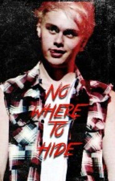 No where to hide (SEQUEL TO POSSESSIVE) (Punk Michael Clifford fanfic)