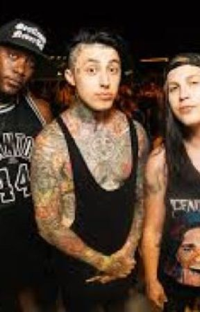 The Guillotine: A Ronnie Radke and Max Green fan-fic by AMotionlessCreature