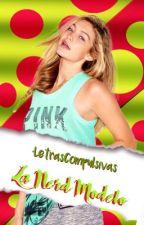 La nerd Modelo by LetrasCompulsivas