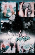 Falling in love with a viner (Chris Collins fanfiction) by WeeklyCheli