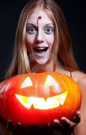 The Halloween Pumpkin by chianna100