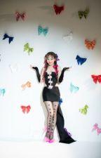 ᎷᎾᎾNᏞᎾᎡᎬ A Kpop Girl Group Applyfic by Starryclouds5