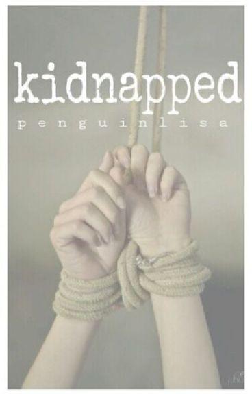 Kidnapped || 5SOS [vampire]