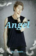Angel|| Luke Hemmings a.u by __mute___