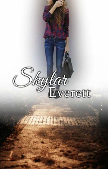 Skylar Everett (GirlxGirl)