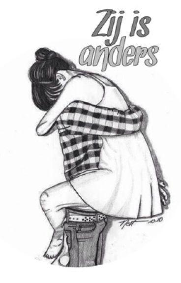 Zij is Anders.