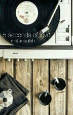5 seconds of love (Luke Hemmings FF) by malumsbitxh