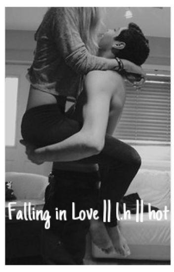 Falling in love [Luke Hemmings , fanfic , Hot] [Portuguese]