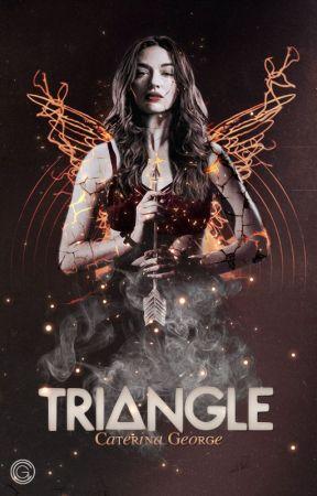 Triangle by violadavis