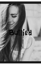 Bullied [o2l and Magcon] by jillybeanx1