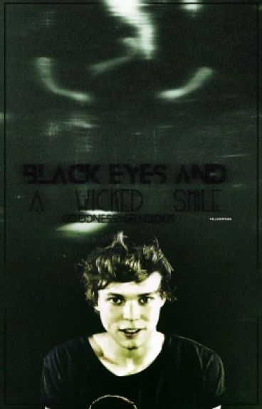 Black eyes and a wicked smile (Lashton AU)