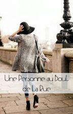 Une Personne Au Bout De La Rue by yayan_d