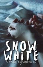 snow white ☃ c.h by strwberryhemmo