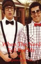 When The Nerd Fell For Me (Cameron Dallas) by espinxsadrizzle