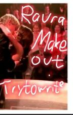 Make out -A Raura story by Trytowrite