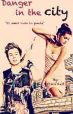 Danger in the city -  Luke Hemmings || by 1Dscarlett