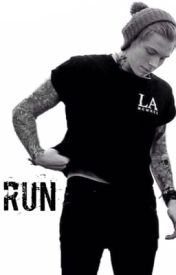 Run (Punk Luke Hemmings) by mrshemmo18