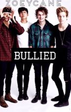 Bullied [5sos] by zoeycane