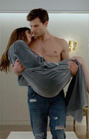Vendida Anastasia y Christian Grey