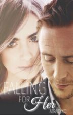 Falling For Her (Tom Hiddleston Fanfiction) by atracyxo