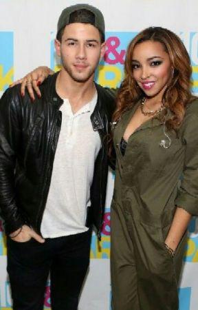 Nick jonas tinashe dating