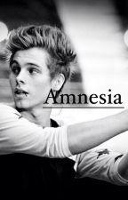 Amnesia by julie398