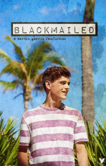 Blackmailed ( Martin Garrix Fanfiction )
