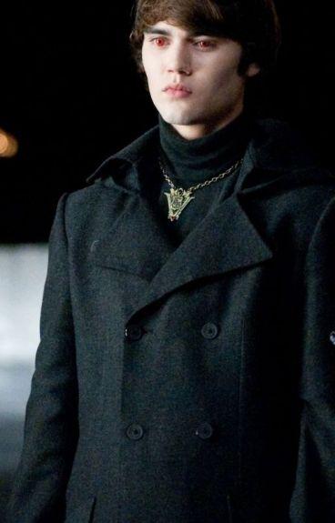 You belong to me. [Alec Volturi love story]