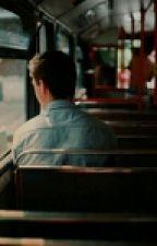 2 asientos detrás de él by -joon-