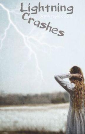 Lightning Crashes by Her_Fantasyy