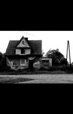I Live In A Haunted House*SHORT AND HAUNTED* by o0ptv0o