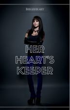 Her Hearts' Keeper (GirlxGirl)(Lesbian Stories) by BiegeHeart