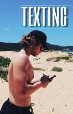 texting ➢ lashton a.u by CRazyMofo137