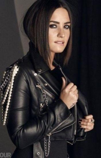 Stay Sexy - Demi Lovato & Tu -.
