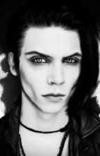 You just love to hate me ~ Andy Biersack by HarrySlytherinme