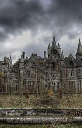 Life in the Casa de Weirdos by DyingOrphan