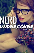 Nerd Undercover by PunK_ChaV