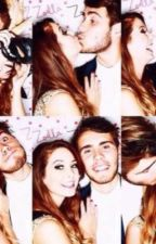 The way he looks at her - Zalfie by alilie4